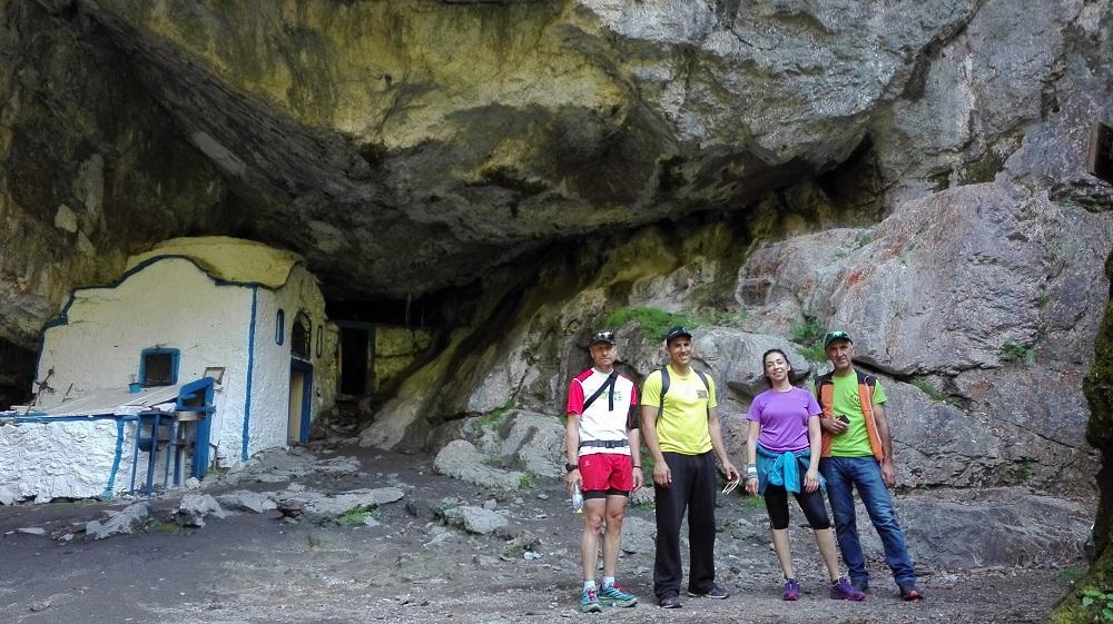 Oρειβατική εκδρομή στον μυθικό Όλυμπο (φαράγγι του Ενιπέα)